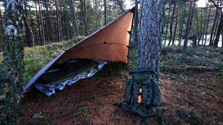 Winter camping with the Bushcraft Survival. The orange grip and sheath really pops.